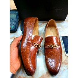 Patent brown leather Shoe