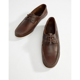 Moccasins leather shoe